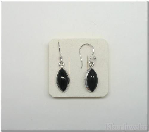 Oorbellen met zwarte onyx (markies)
