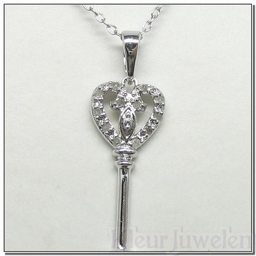 Hanger sleutel met diamanten