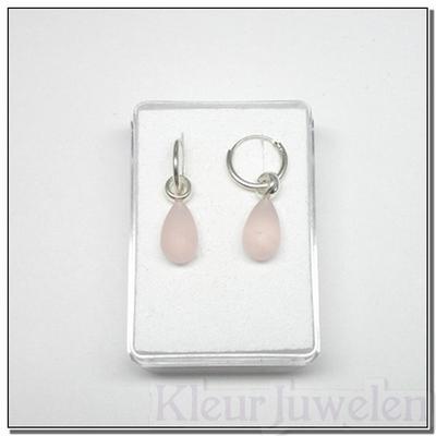 Zilveren oorhangers met gematteerde rozenkwarts