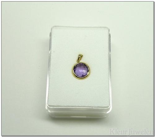 Geelgouden hanger met ronde amethist van 8 mm (14k)