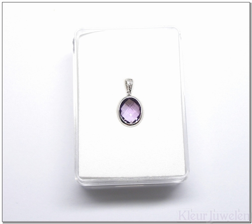 Witgouden hanger met ovale amethist en diamant (14k)