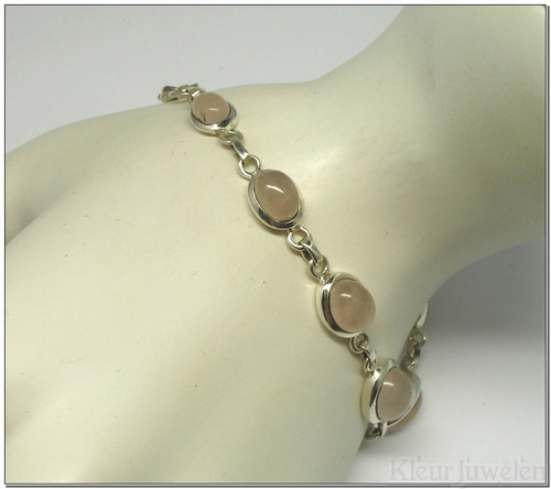 Armband met ovale rozenkwarts