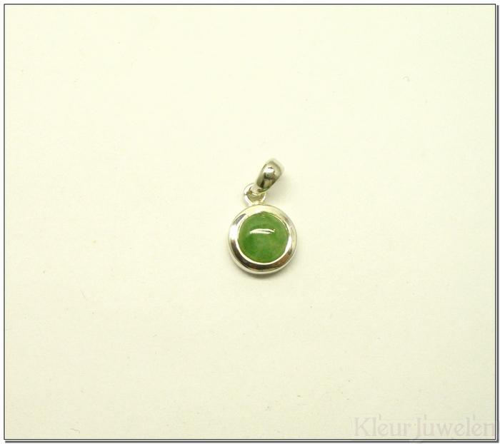 Zilveren hanger met ronde jade