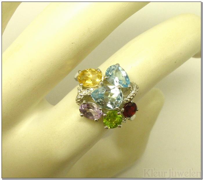 Sierlijke zilveren multicolour ring