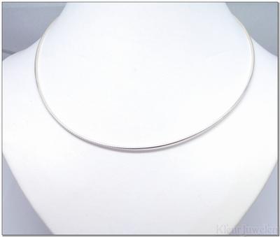 Zilveren Omega ketting van 1,3 mm breed en 45 cm