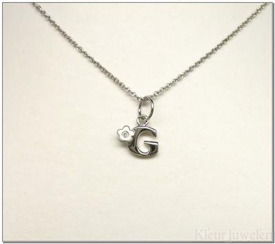 Ketting met letter G met diamant