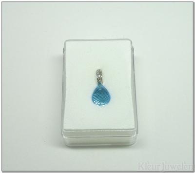 Witgouden cliphanger met blauwe topaas en diamanten (14k)