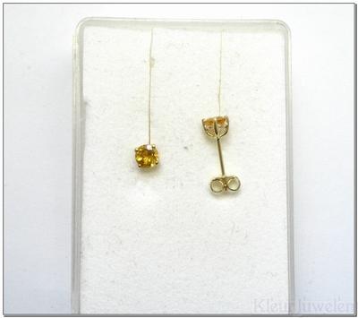 Geelgouden oorstekers met citrien (4mm)