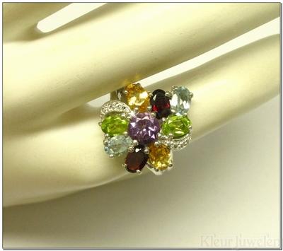 Zilveren bloemvormige multicolour ring
