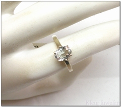 Zilveren ring met ovale aquamarijn