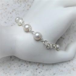 Zilveren armband met witte...