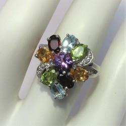 Ring met rechthoekige ioliet