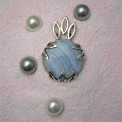 Zilveren hanger met blauwe...